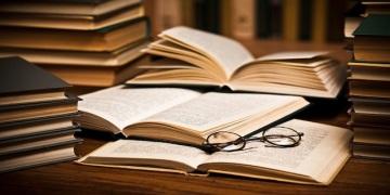 open-book-glasses-stock